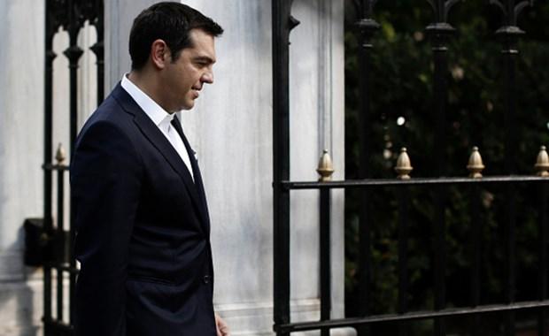 Politico: Οι επτά καλύτερες πολιτικές κωλοτούμπες του 2015 - Πρώτος ο Αλ. Τσίπρας