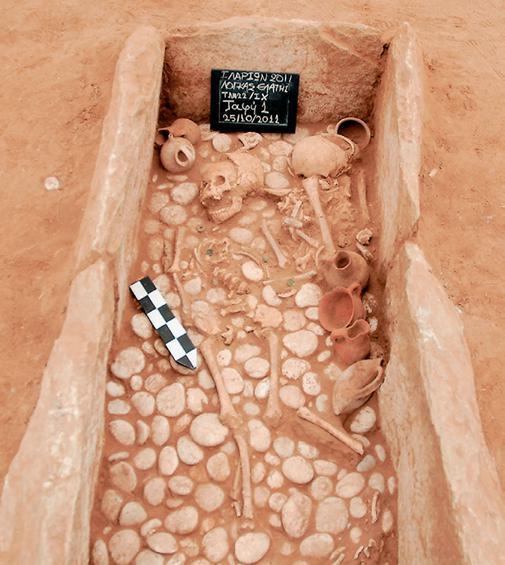 μυκηναϊκό νεκροταφείο με 31 ασύλητους τάφους